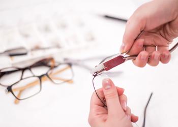 img-eyeglass-repairs